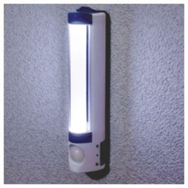 LEDセンサー付ライト PM-L255