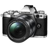OM-D E-M5 Mark II ミラーレス一眼カメラ 14-150mm II レンズキット シルバー [ズームレンズ]