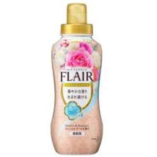 FLAIR FRAGRANCE(フレアフレグランス)ジェントルブーケの香り 本体 570ml〔柔軟剤〕
