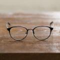 メガネ eye wear AT-WE-04(49)(BK) ブラック [度無し /薄型 /屈折率1.60 /非球面 /PCレンズ] 【ビックカメラグループオリジナル】