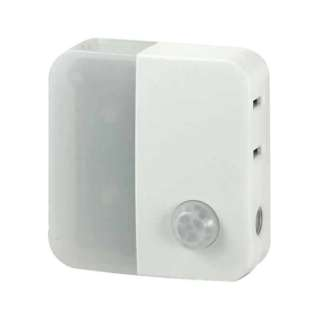 人感センサー付ライト (9lm) PM-LC301-W ホワイト