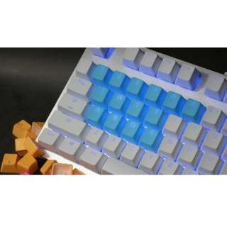 th-rubber-keycaps-neon-blue-18 ゲーミングキーキャップ Tai-Hao Rubber Gaming Backlit Keycaps keys Neon ネオンブルー