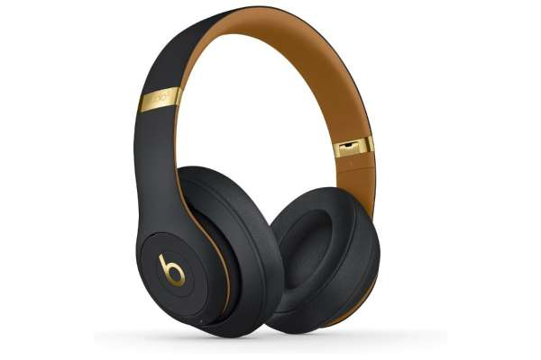 Beats by Dr.Dre「STUDIO3 Wireless」(密閉型)
