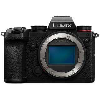 DC-S5-K ミラーレス一眼カメラ LUMIX S5 [ボディ単体]